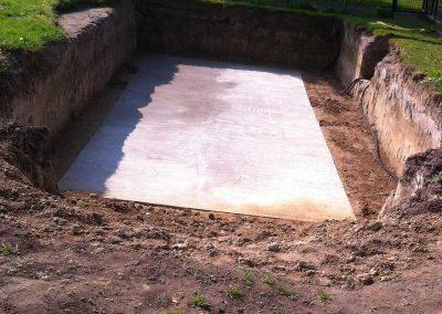 Bau eines Einstückbeckens